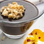 Creme de chocolate com crocante de nozes é opção saudável para a Páscoa!