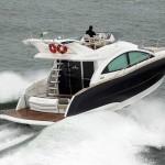 Luxuosa embarcação comprada por Ratinho será destaque no São Paulo Boat Show!