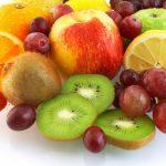 Conheça os alimentos que limpam os dentes!