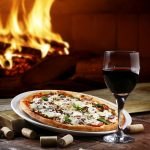 Dia da Pizza: os vinhos ideais para celebrar a data com muito sabor!