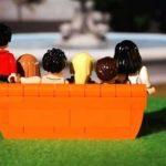 Lego anuncia coleção com os personagens da clássica série Friends!